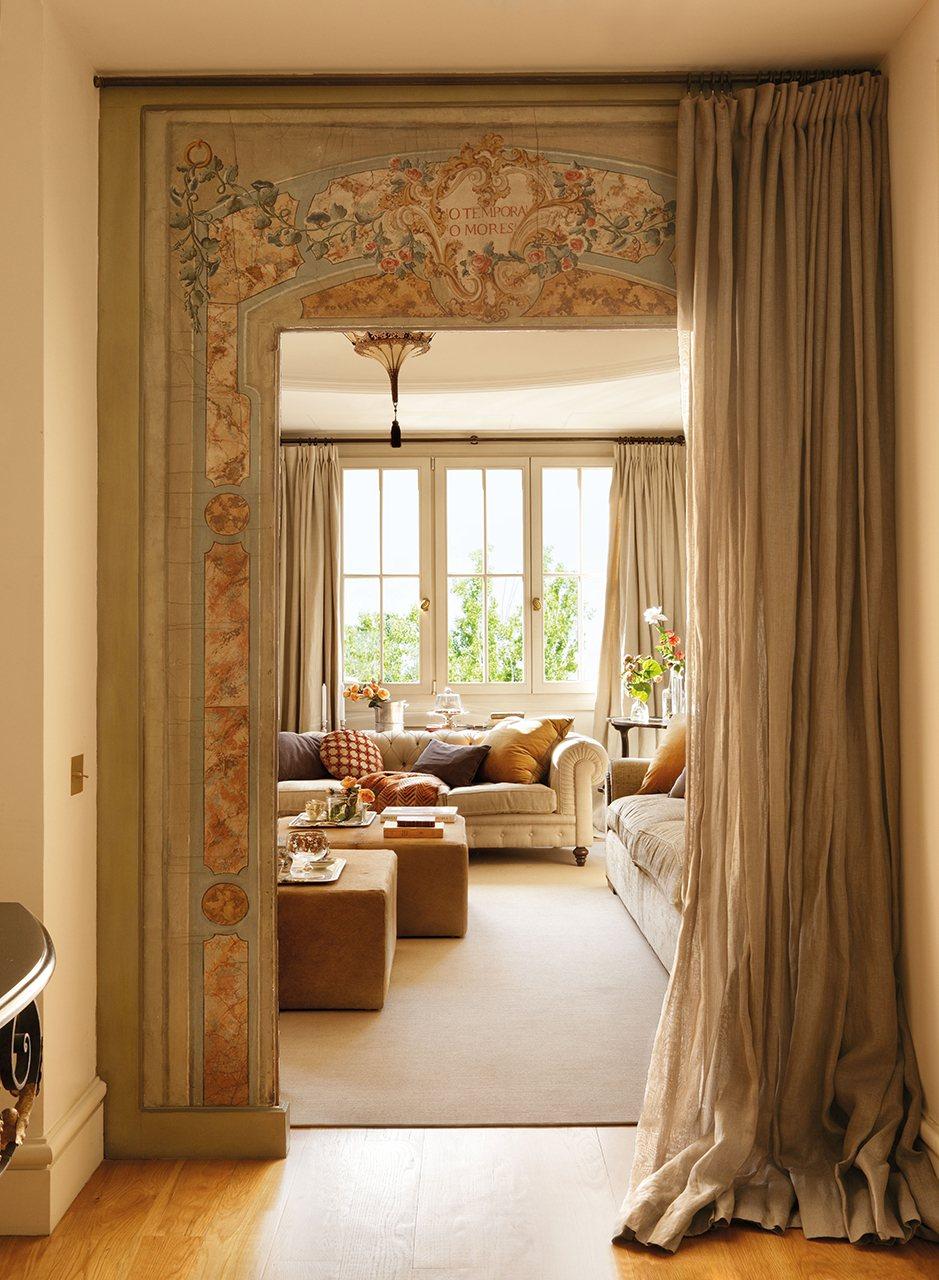 Un plus de nobleza en un piso de madrid for Decoracion salon piso