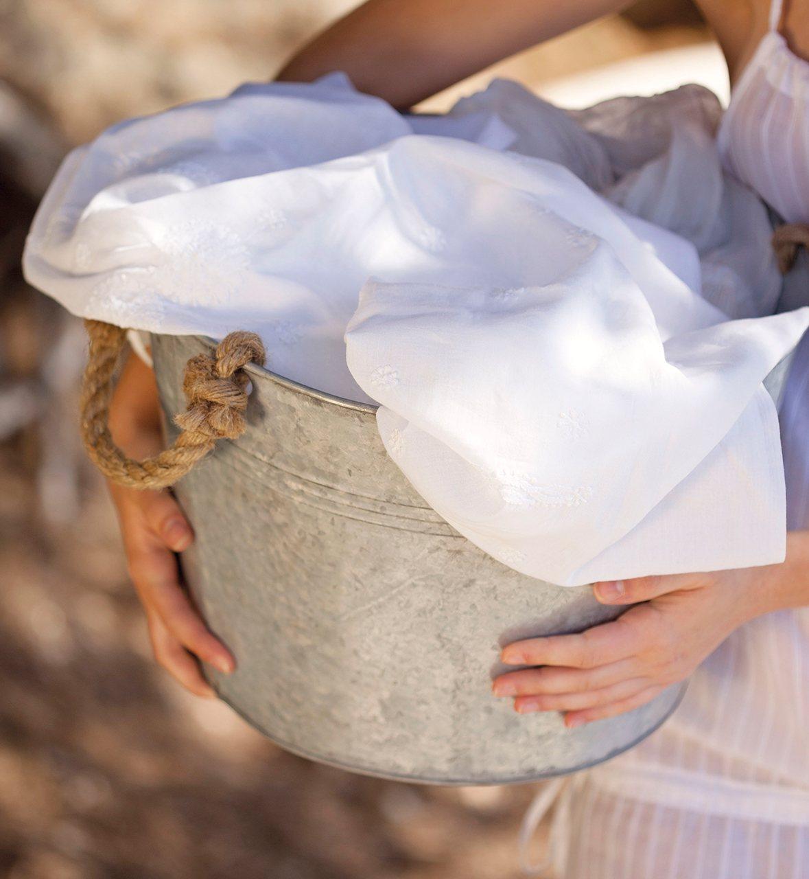 Как отбелить белое белье в домашних условиях кипячением 419