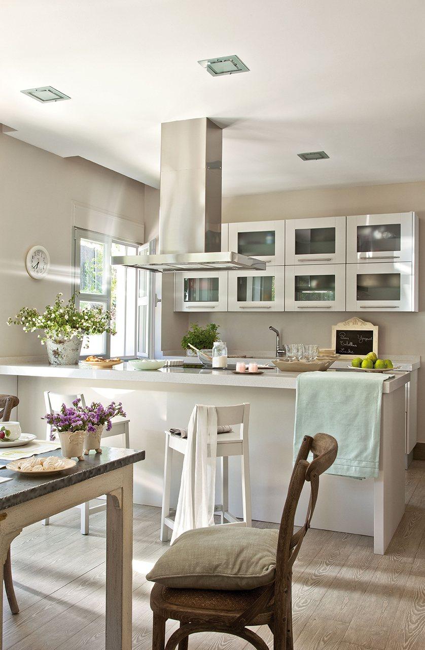 Muebles de cocina lacados en blanco fabulous crystal - Muebles lacados en blanco brillo ...