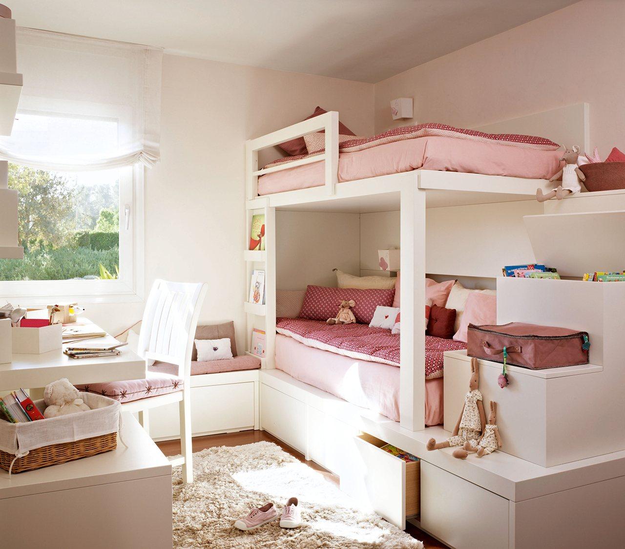 Un dormitorio organizado al detalle - Dormitorios de nina ...
