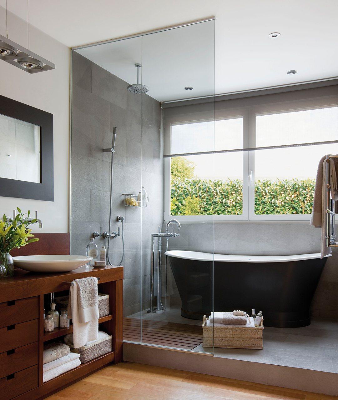 Ba os con ducha el mueble for Banos pequenos con banera