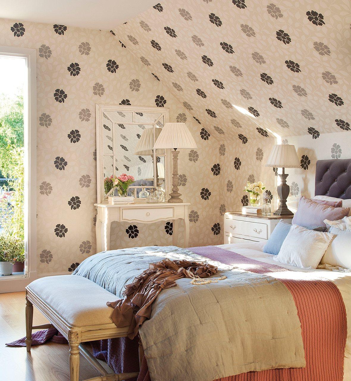 Reforma para ganar luz - Papel pintado dormitorio principal ...