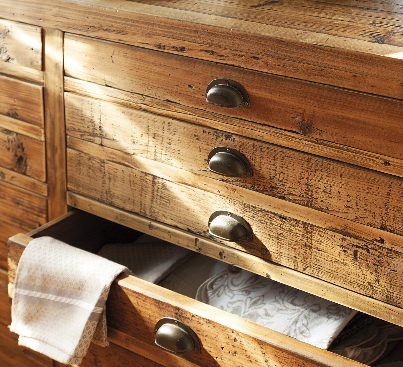 Mueble de madera mueble madera pino color miel foto - Muebles en madera ...