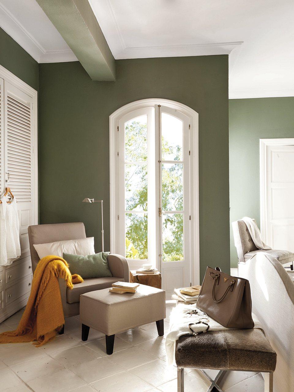 Como combinar el color verde olivo la misma gama de - Combinar color suelo y paredes ...