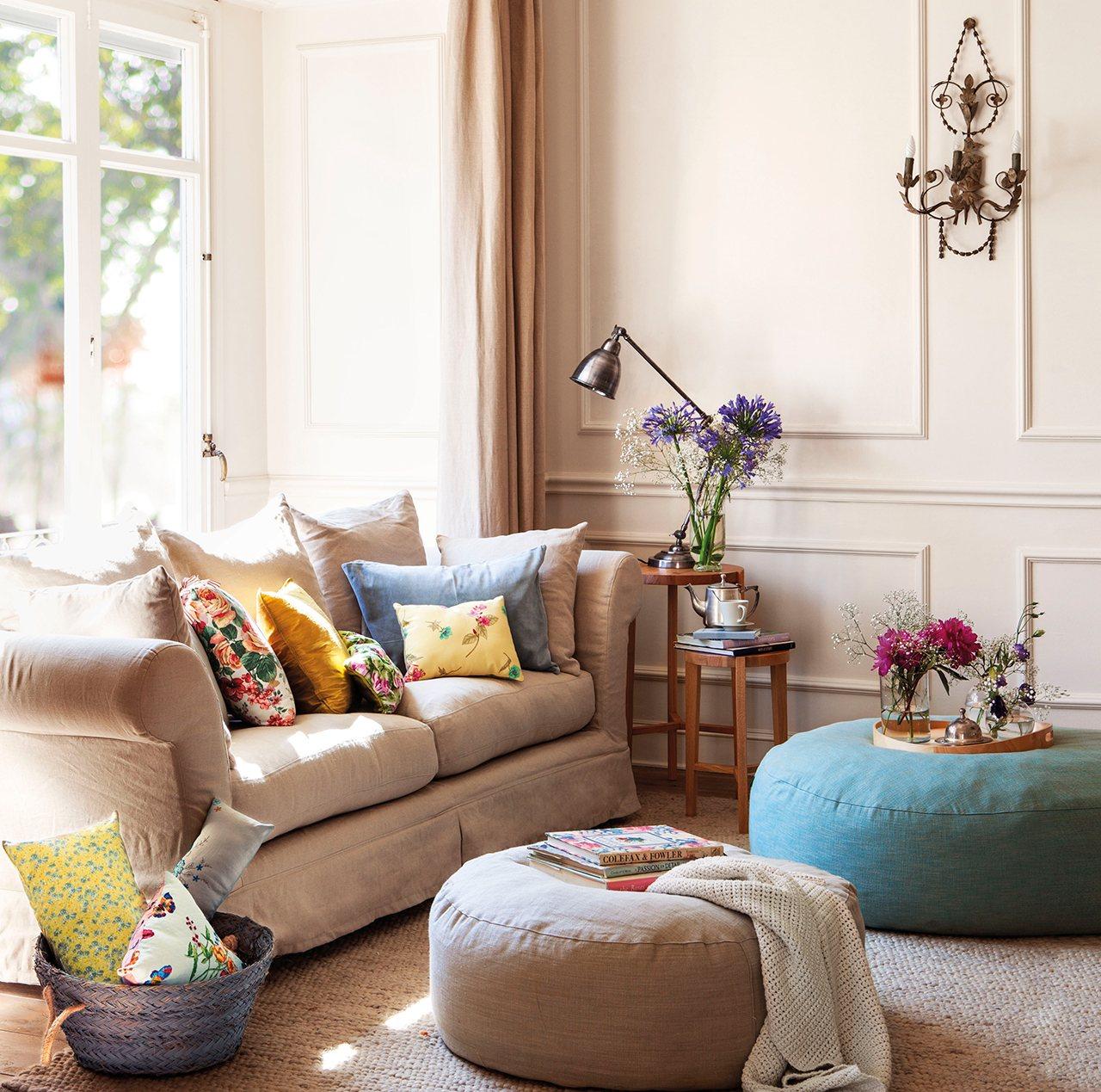 Sentarse bien en el sofá