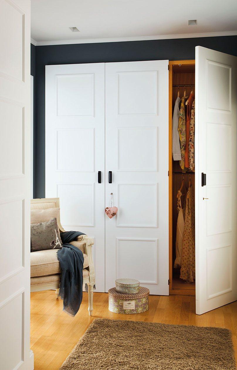 Reorganiza tu armario y gana espacio y comodidad - Armarios tres puertas ...