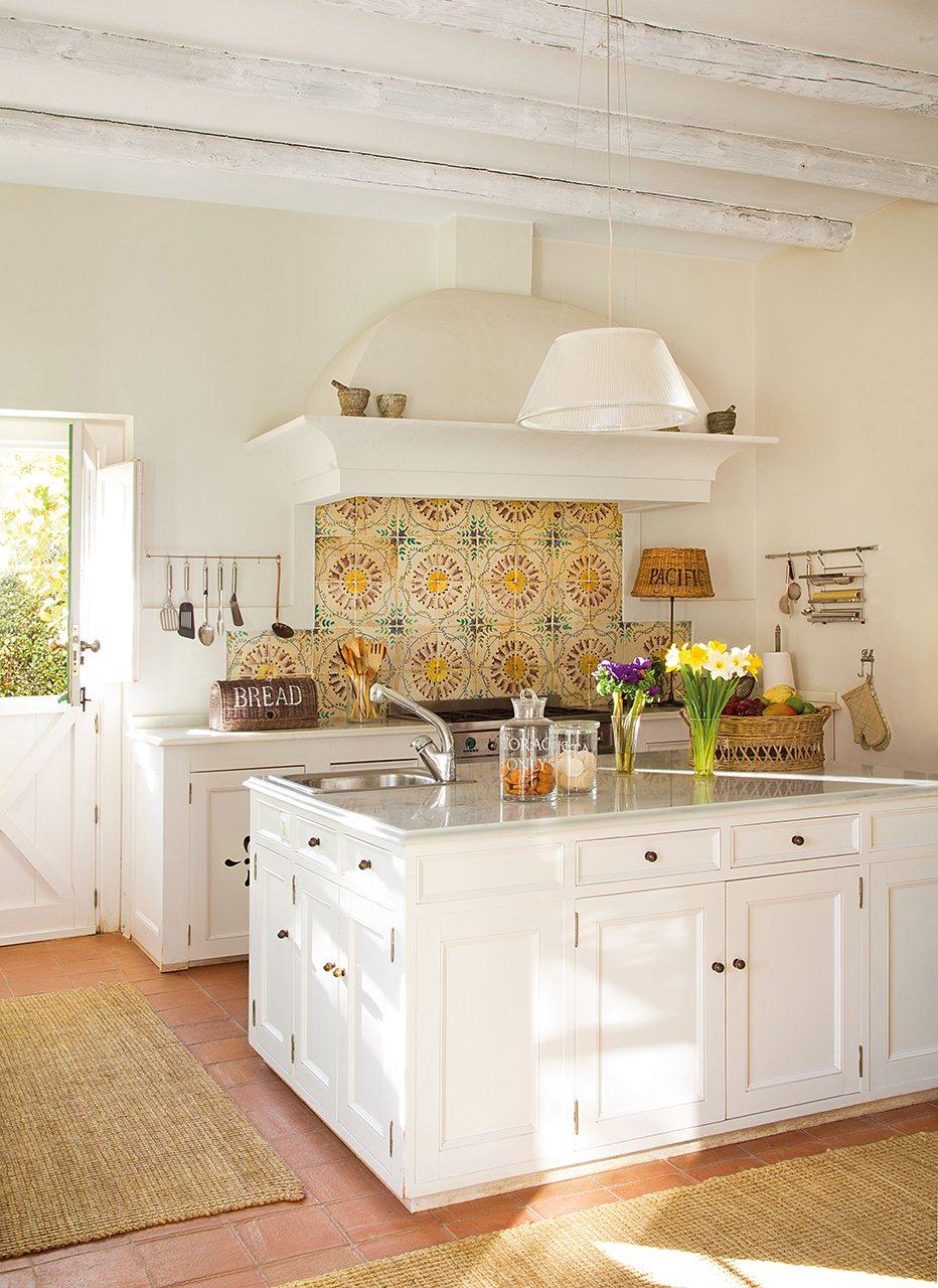 Ideas para redise ar tu cocina - Cocinas con muebles blancos ...