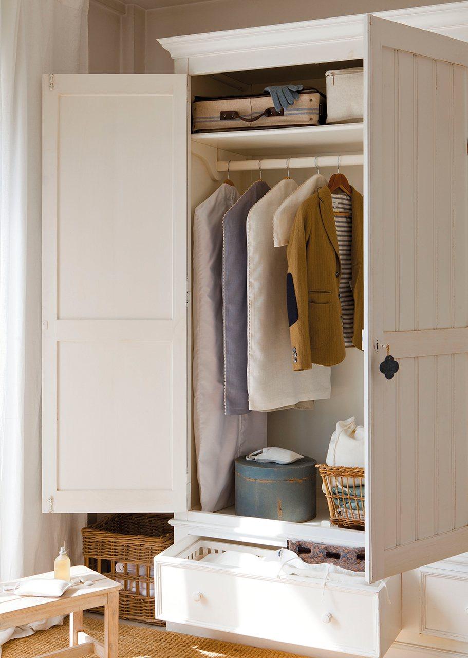 Cambio de temporada cuida y guarda tu ropa - Armarios para ropa ...