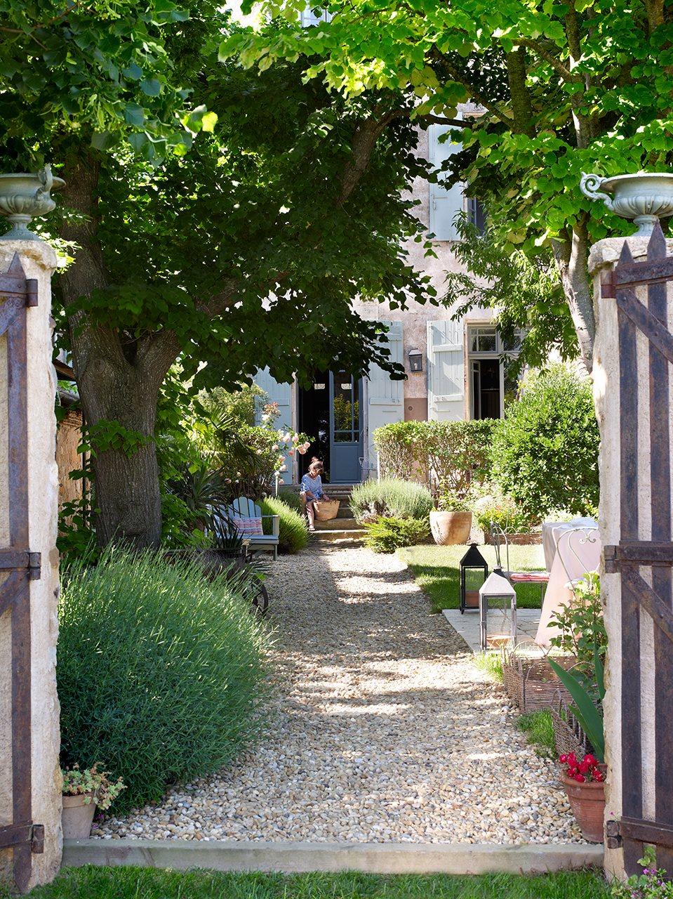 Gu a para poner tu jard n a punto esta primavera for Guia de plantas de jardin