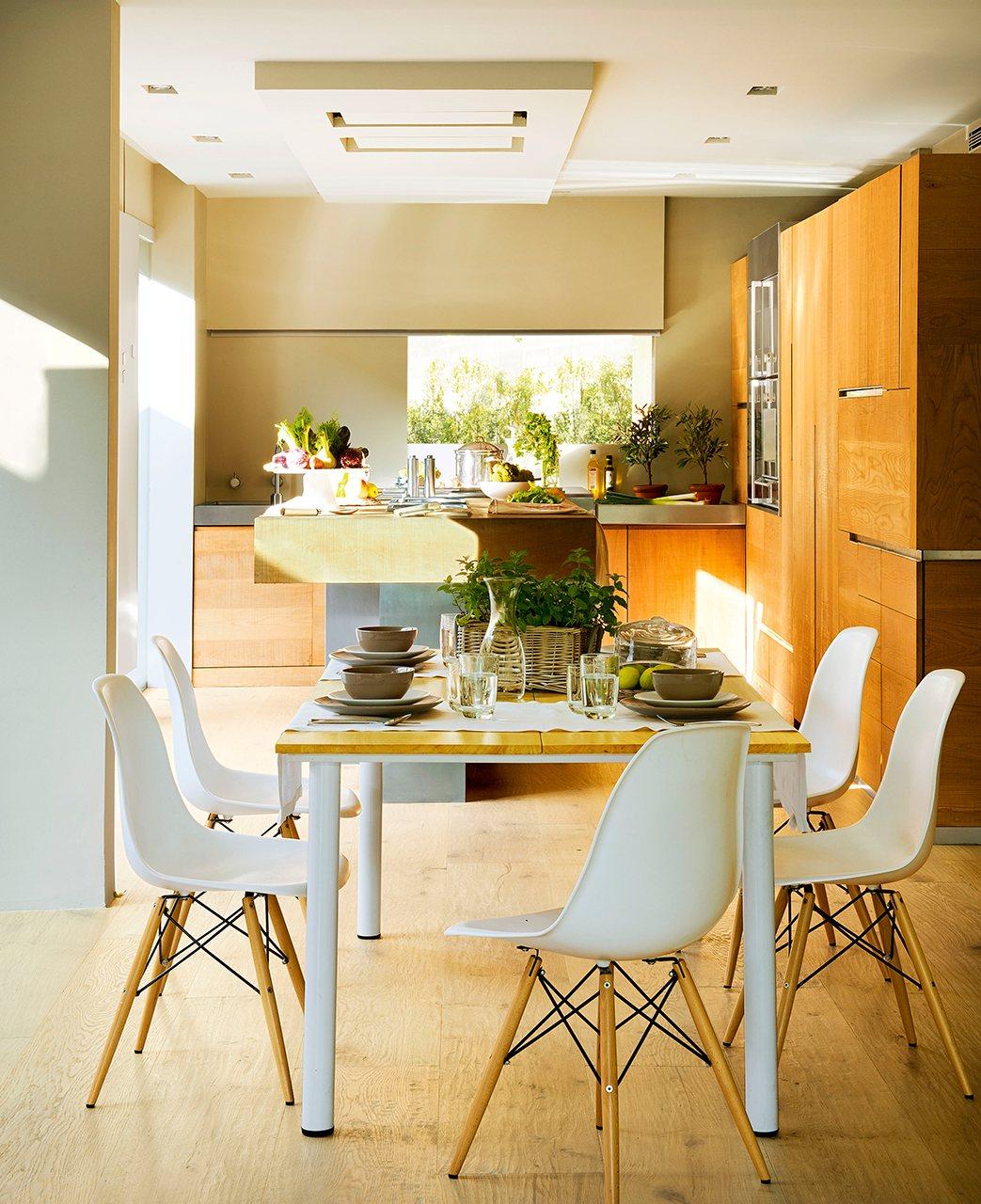Abierta y c lida una cocina con alma de roble - Cocinas con office fotos ...