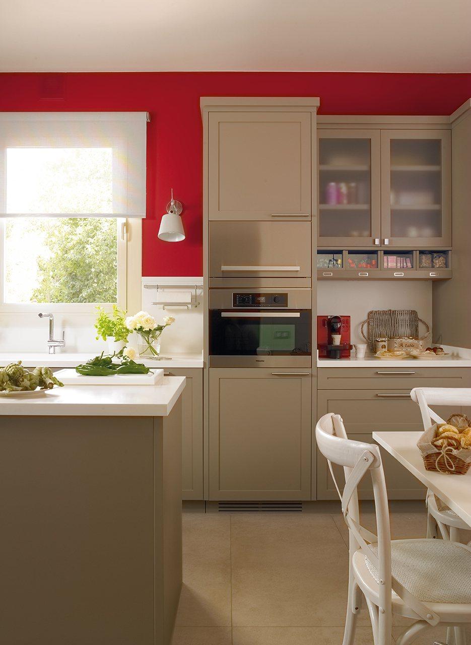 La salud tambi n est en los colores for Pintura a color cocina abierta