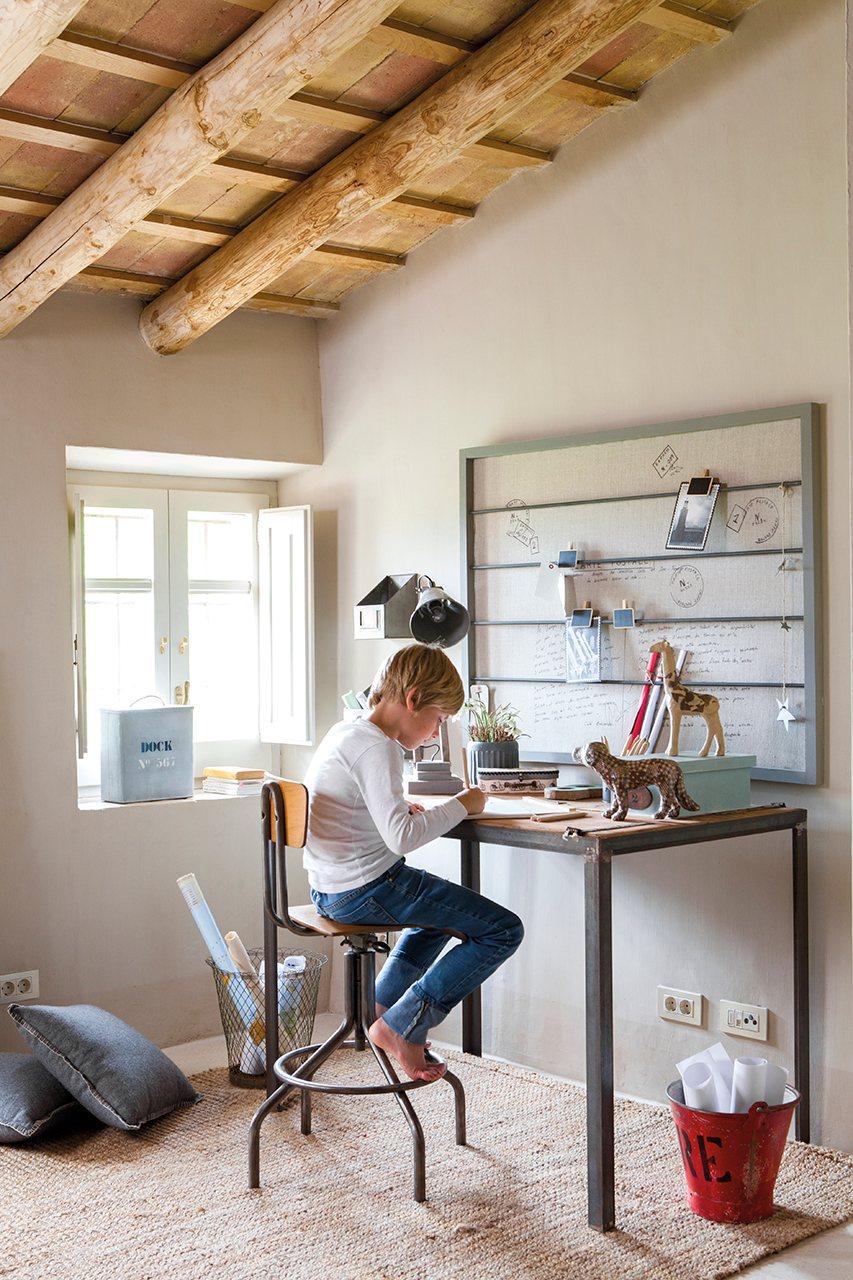 Zona de estudio junto al ventanal