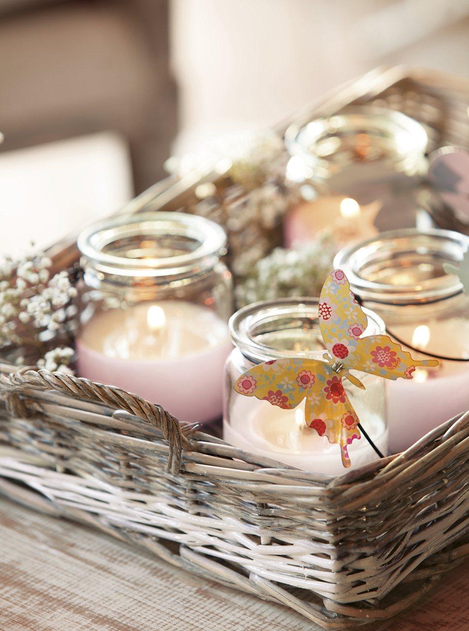 Ideas para conseguir un sal n fresco y primaveral - Bandejas decoracion salon ...