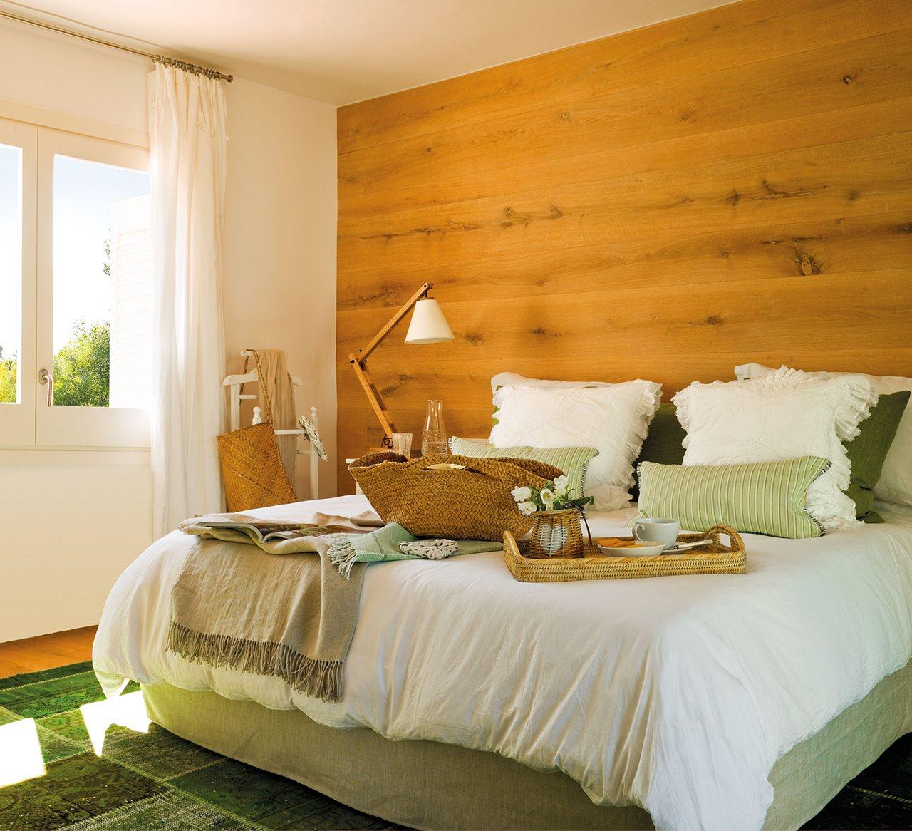 Grandes ideas para los dormitorios peque os m s bonitos - Dormitorios sin cabecero ...