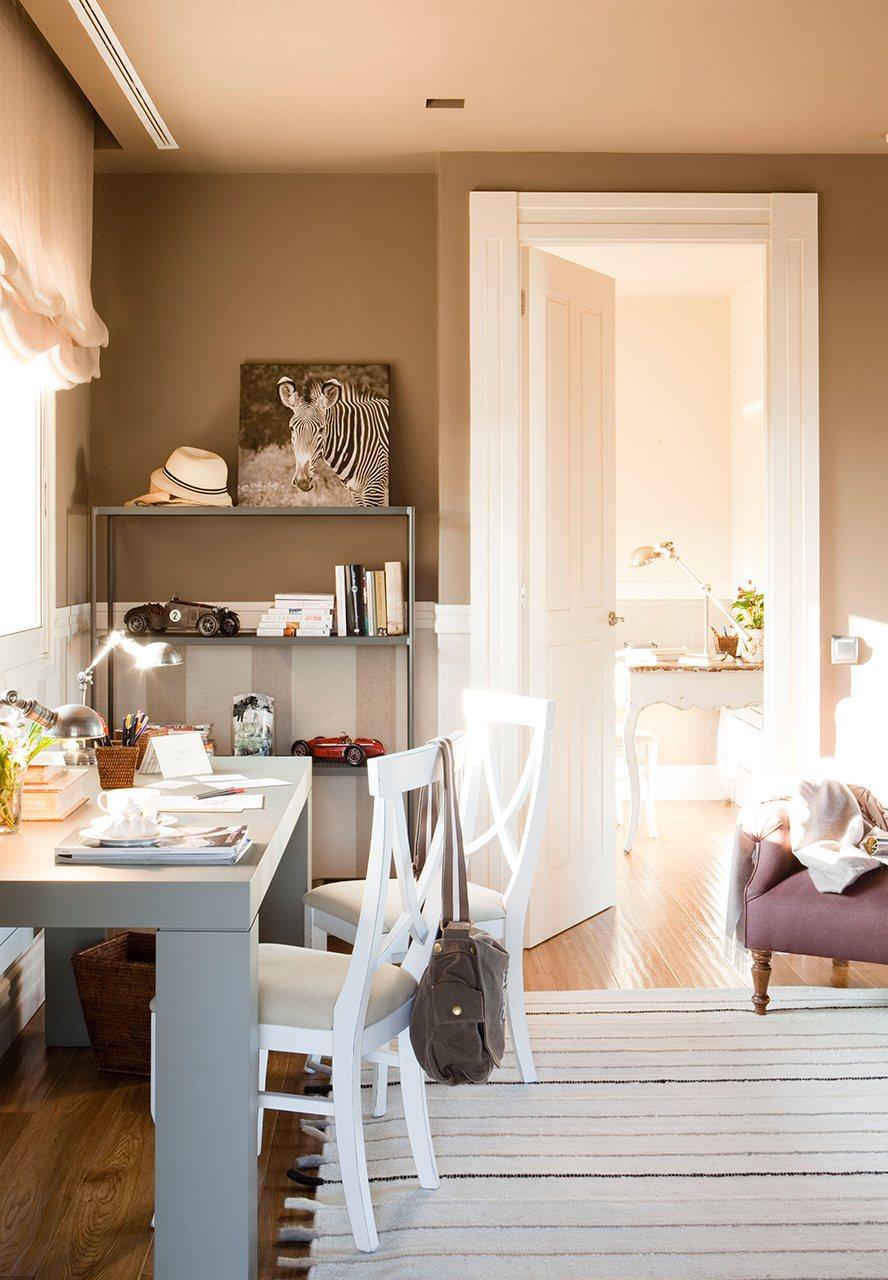 Cambia tu casa renovando puertas y ventanas - Color tierra pared ...