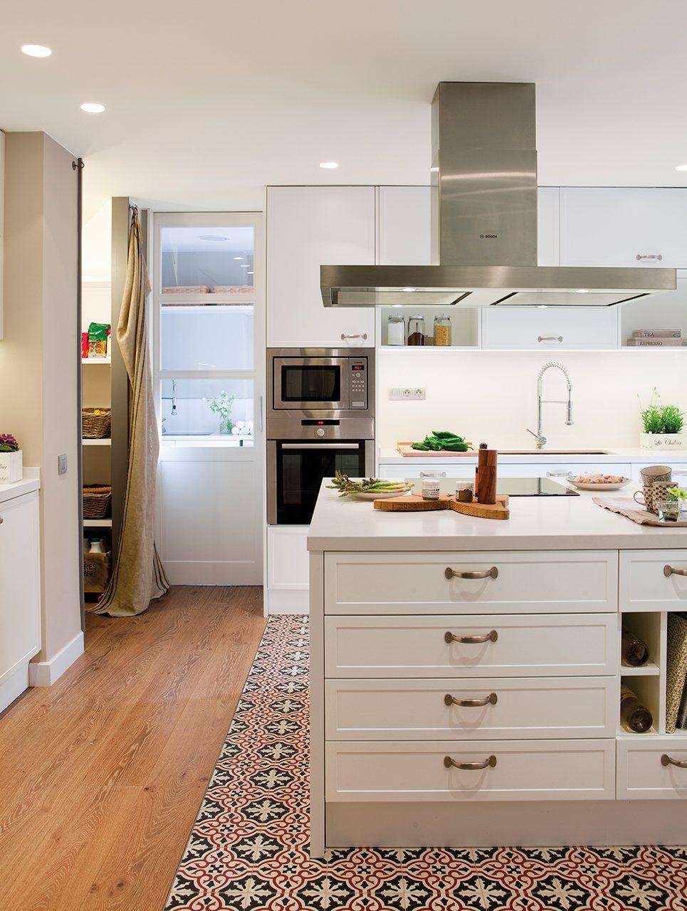 La reforma de un piso para ganar luz - Suelo de cocina ...