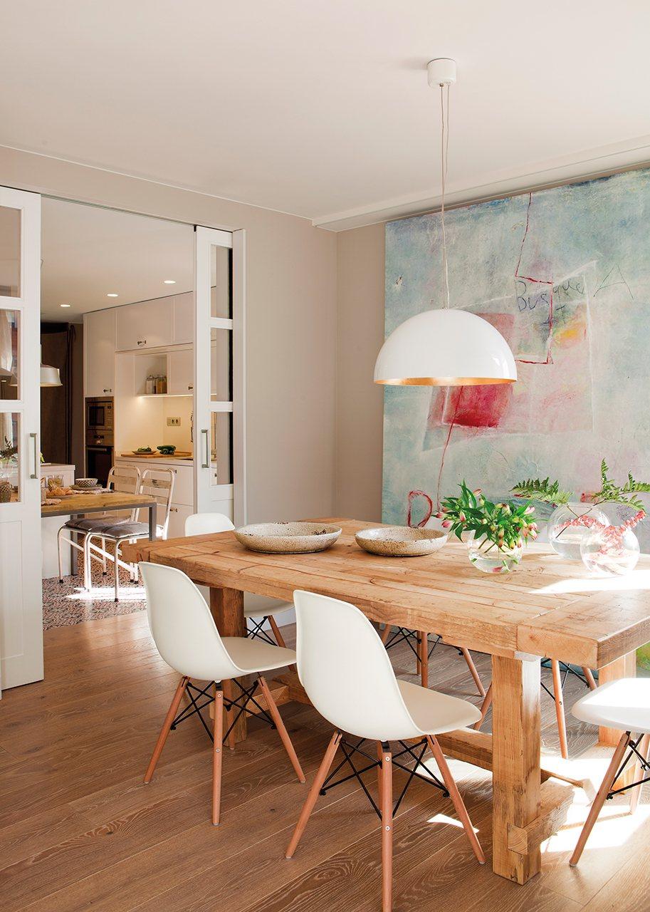 La reforma de un piso para ganar luz - Puertas de comedor ...