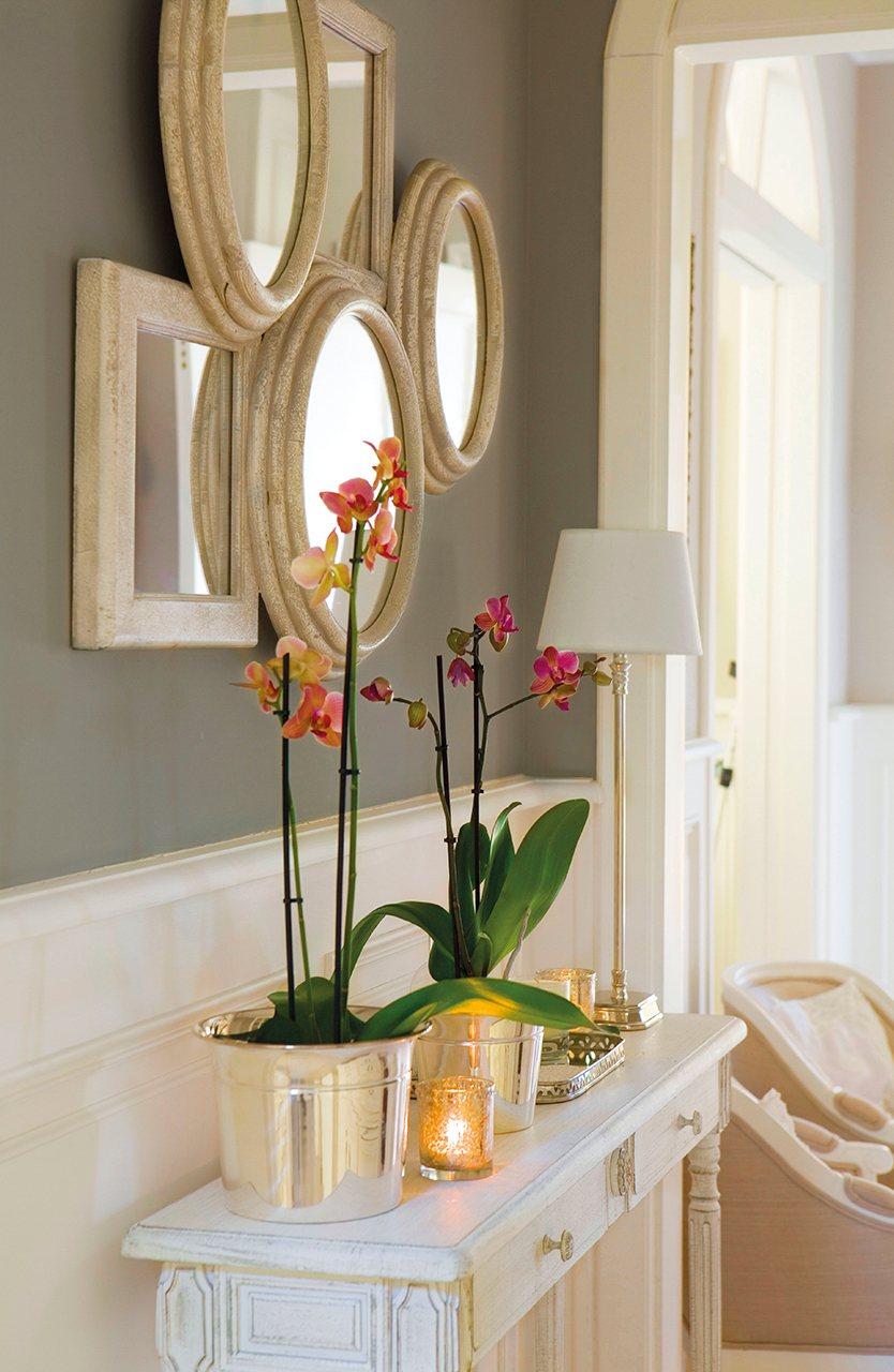 Peque os cambios que ampliar n tu casa for Espejos grandes para pasillos