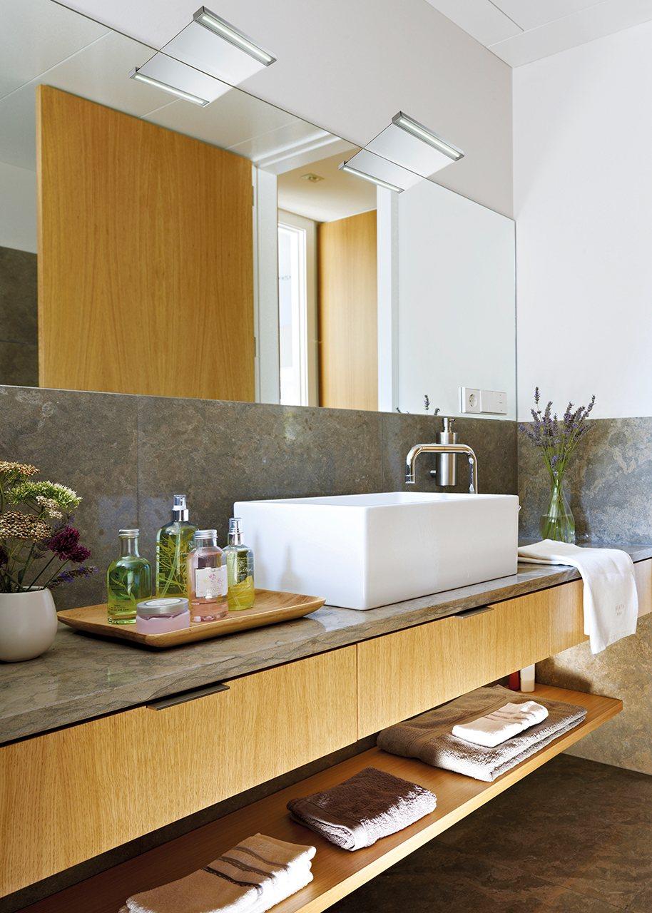 mueble lavabo con encimera estrena bao cambiando los muebles