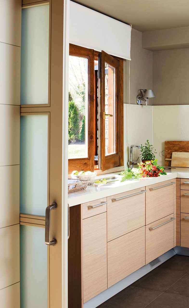 Puerta corredera cocina ikea stunning ikeahack puertas de for Puerta corredera cocina