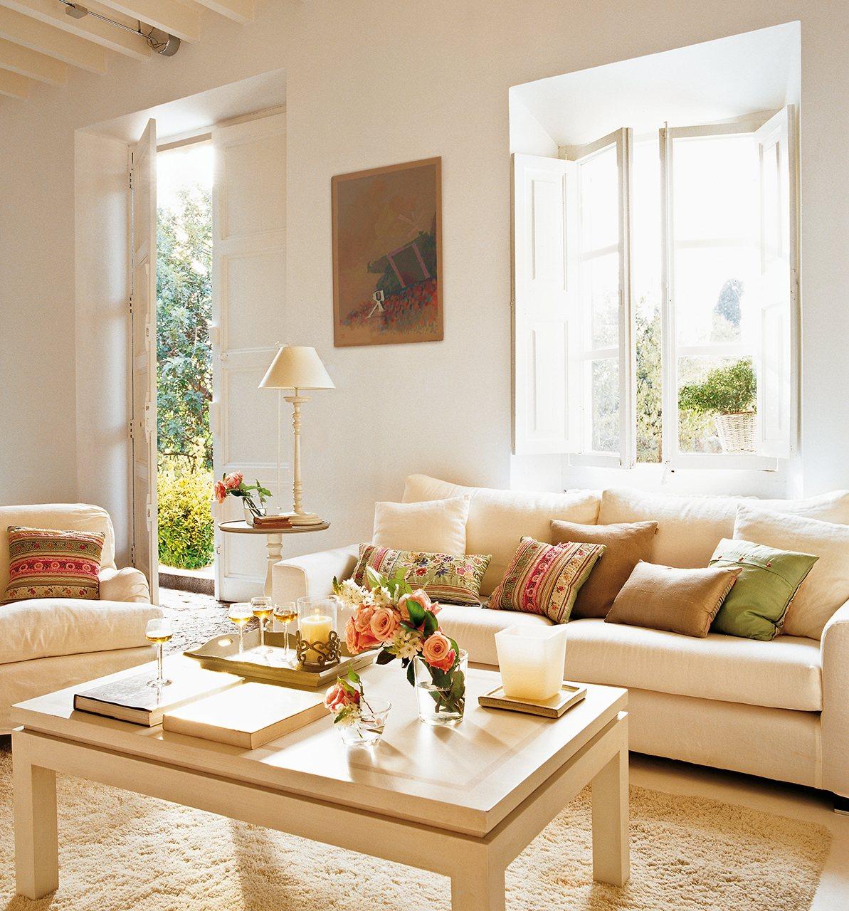 30 salones peque os bien aprovechados con muchas ideas y trucos - Ideas para decorar tu salon ...