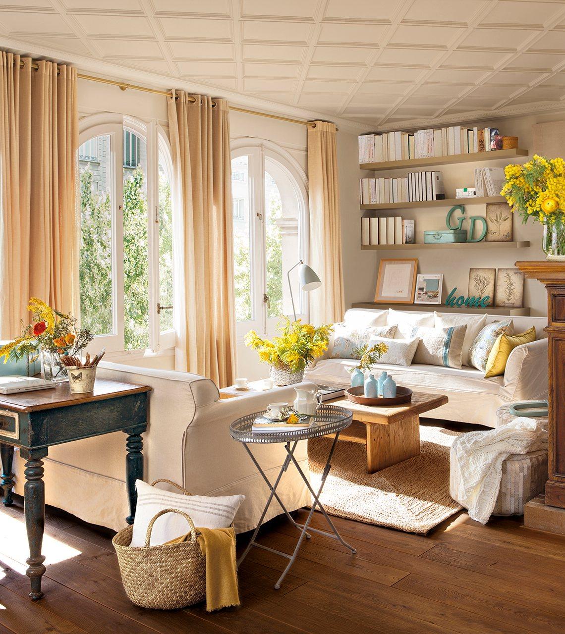 Las mejores telas para el sal n el gelas y acierta - Decorar muebles con tela ...