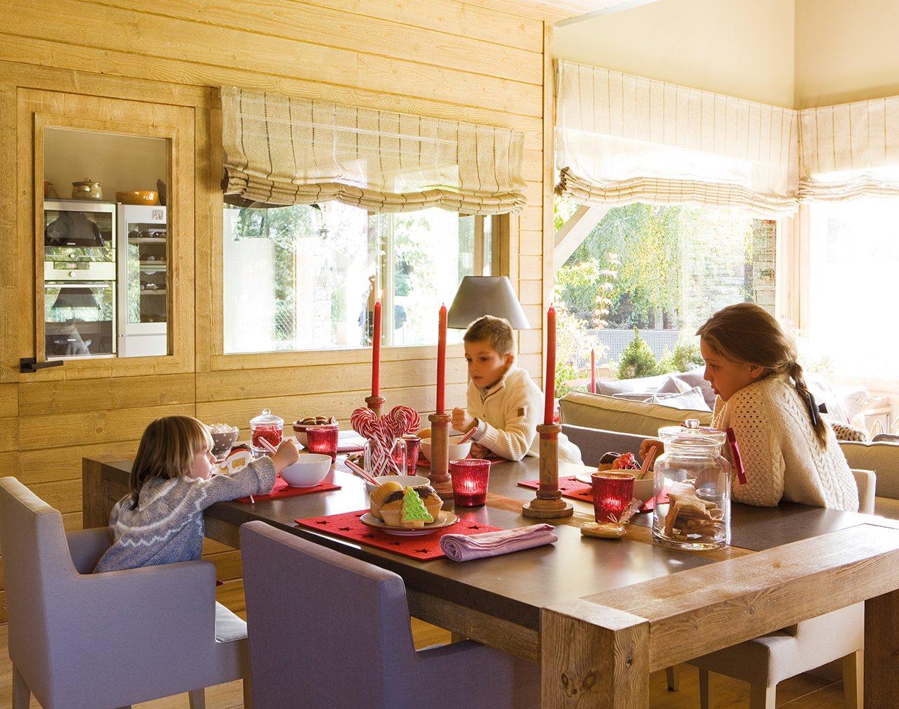 Decoraci n navide a y n rdica con ni os for Casa de navidad cocina con sara