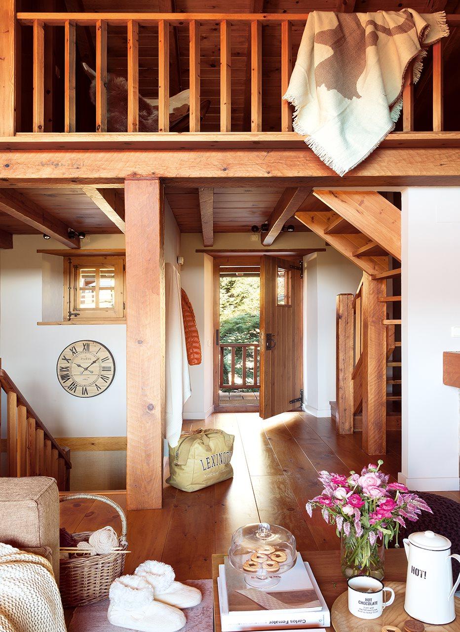 Una caba a de piedra y madera de pino - Casas de madera de pino ...