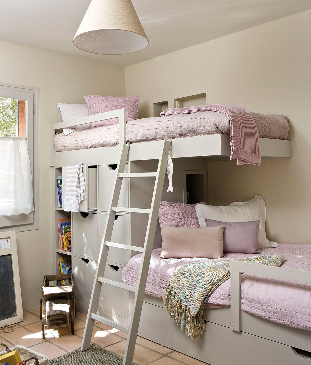 10 ideas para una habitaci n de dos o m s - Cama tipo tren ...