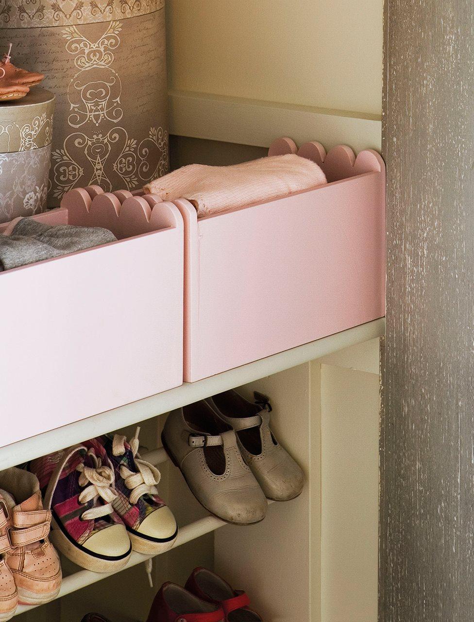 C mo ordenar el armario de los ni os for Armario para zapatos