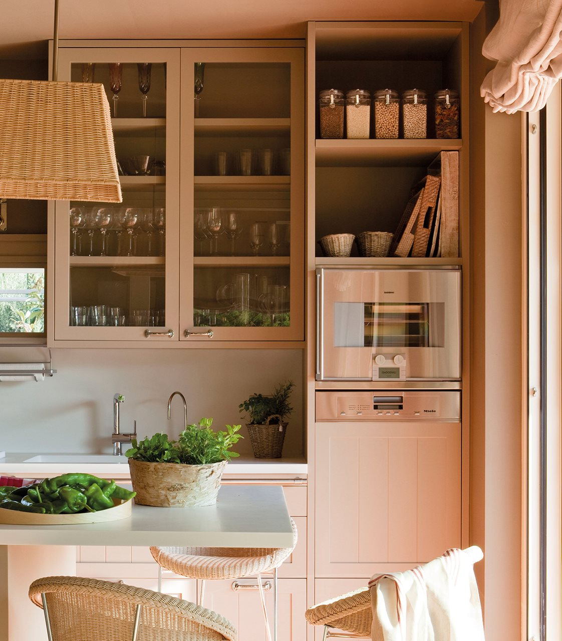 Bonito Gabinetes De Pared De La Cocina Pequeños Composición - Ideas ...