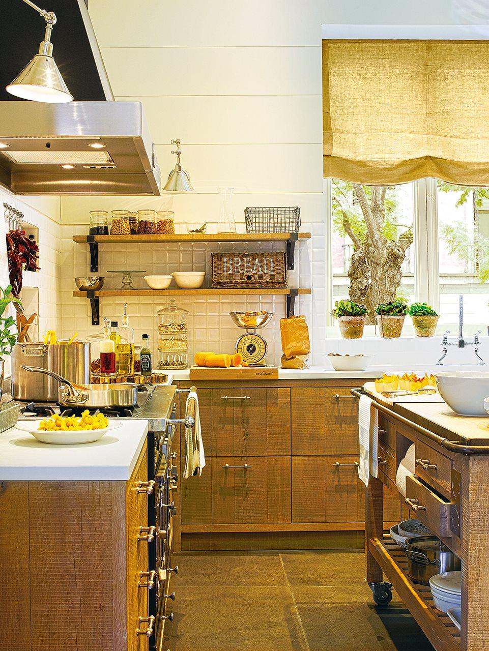 Una cocina de campo en la ciudad - Encimeras rusticas ...