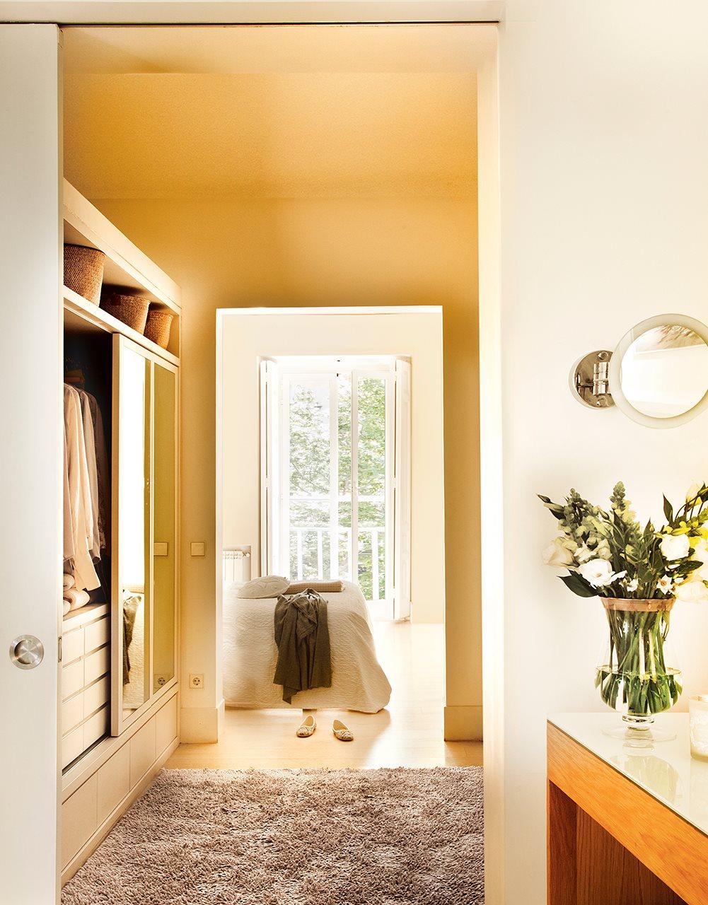 Dormitorio vestidor bao principales ideas increbles sobre for Puertas de dormitorios modelos