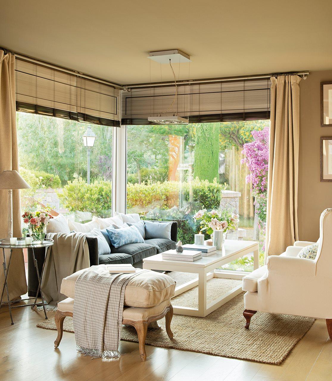 Una casa junto al mar con calidez n rdica y aire vintage - Color beige en paredes ...