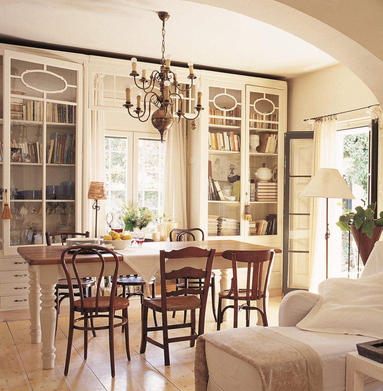 Muebles antiguos recuperados y restaurados - Muebles antiguos lacados en blanco ...
