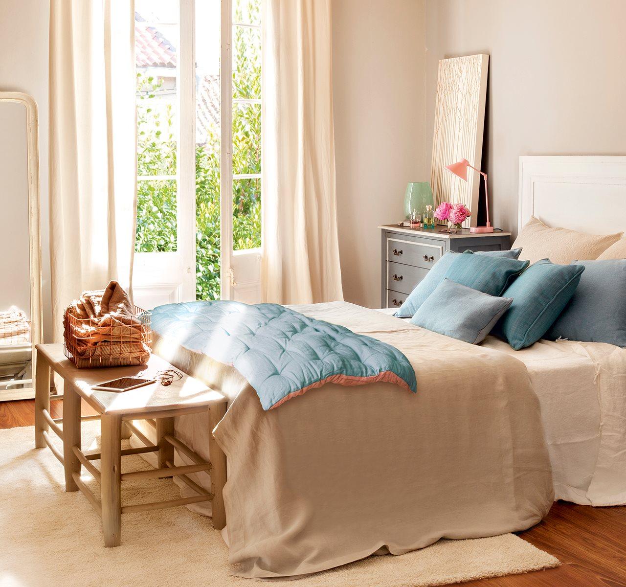 Un dormitorio con cinco estilos diferentes cu l te gusta m s - Cabeceros plateados ...