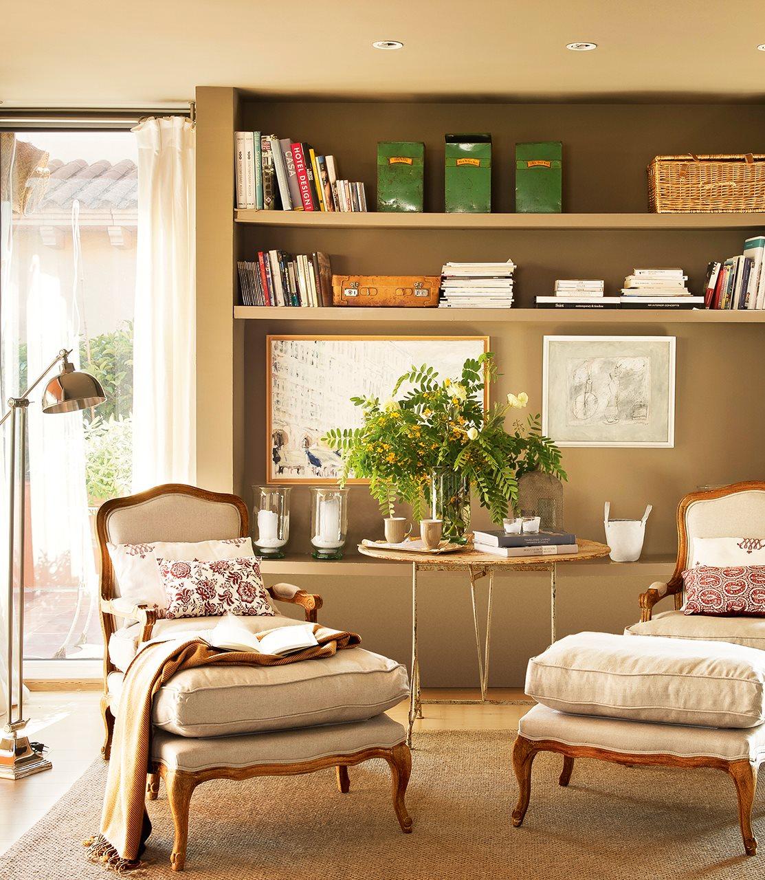 Gana espacio solo con baldas - Decoracion de librerias ...