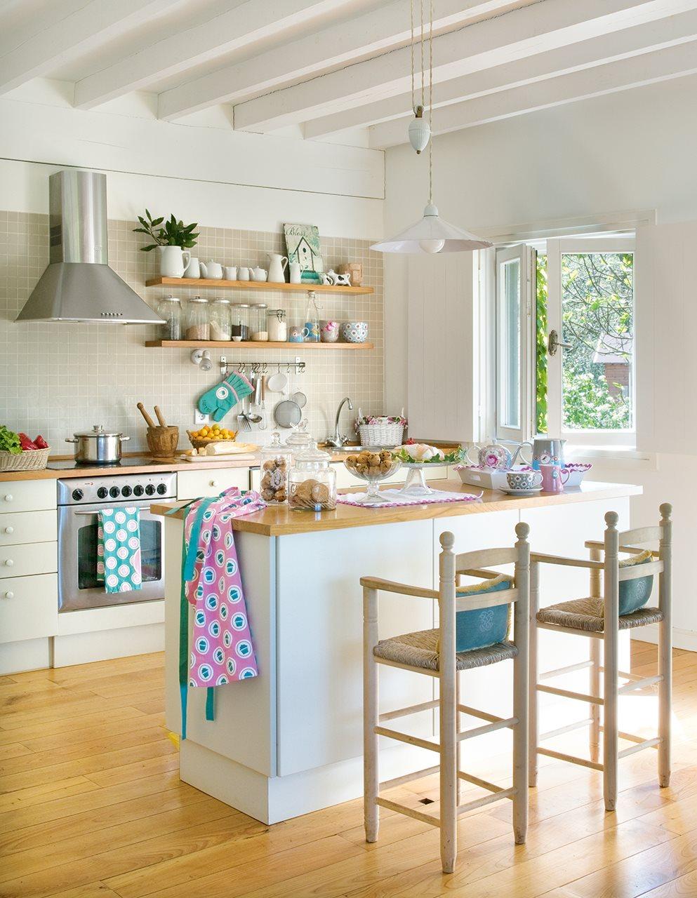 25 ideas para alegrar tu casa esta primavera - Cocinas con colores vivos ...