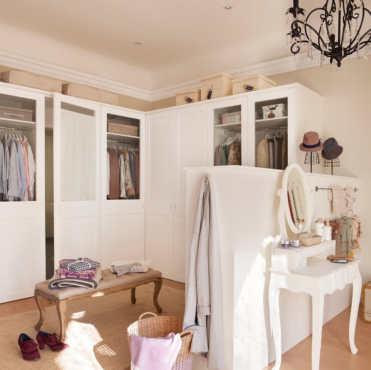 C mo organizar el armario en una espacio para dos - Armario en l ...
