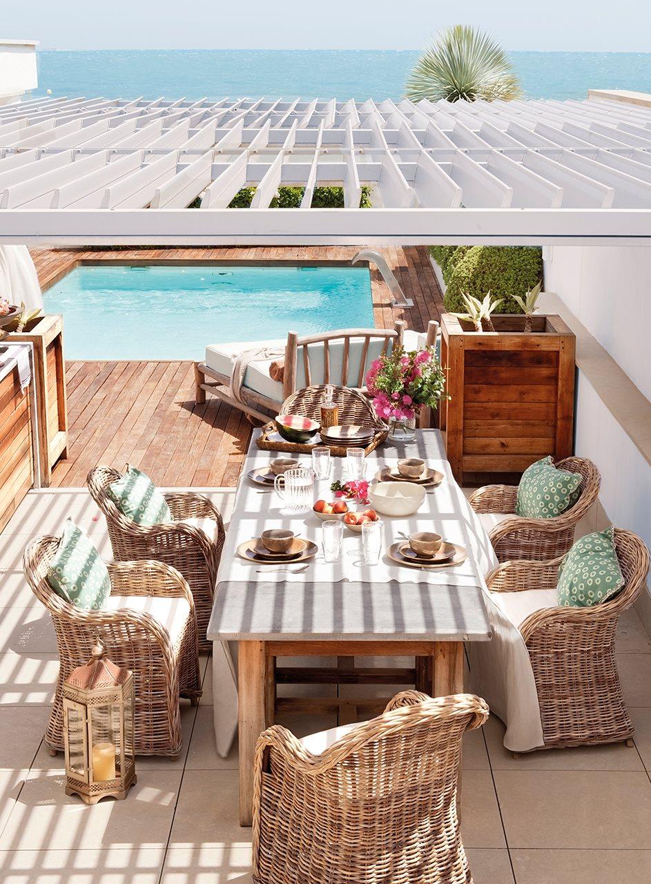 Una casa d plex con vistas al mar para un verano inolvidable for Terrazas 1280 a