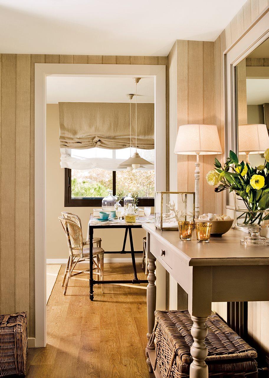 Un piso peque o de playa reformado con estilo - Paredes en madera ...