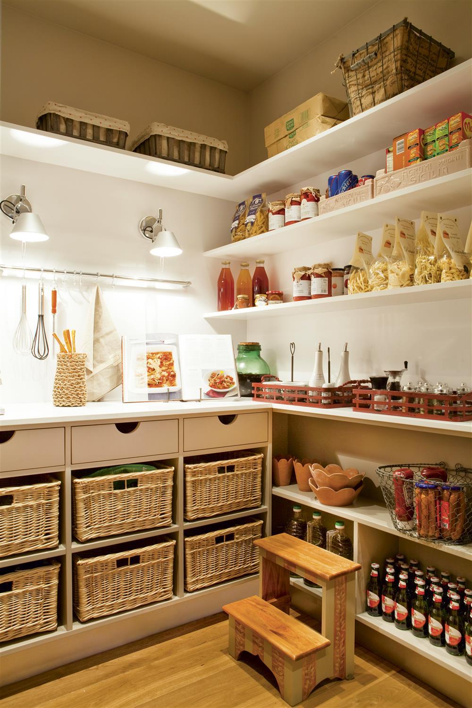 Contemporáneo Ideas De Cocina Con Despensa Galería - Como Decorar la ...