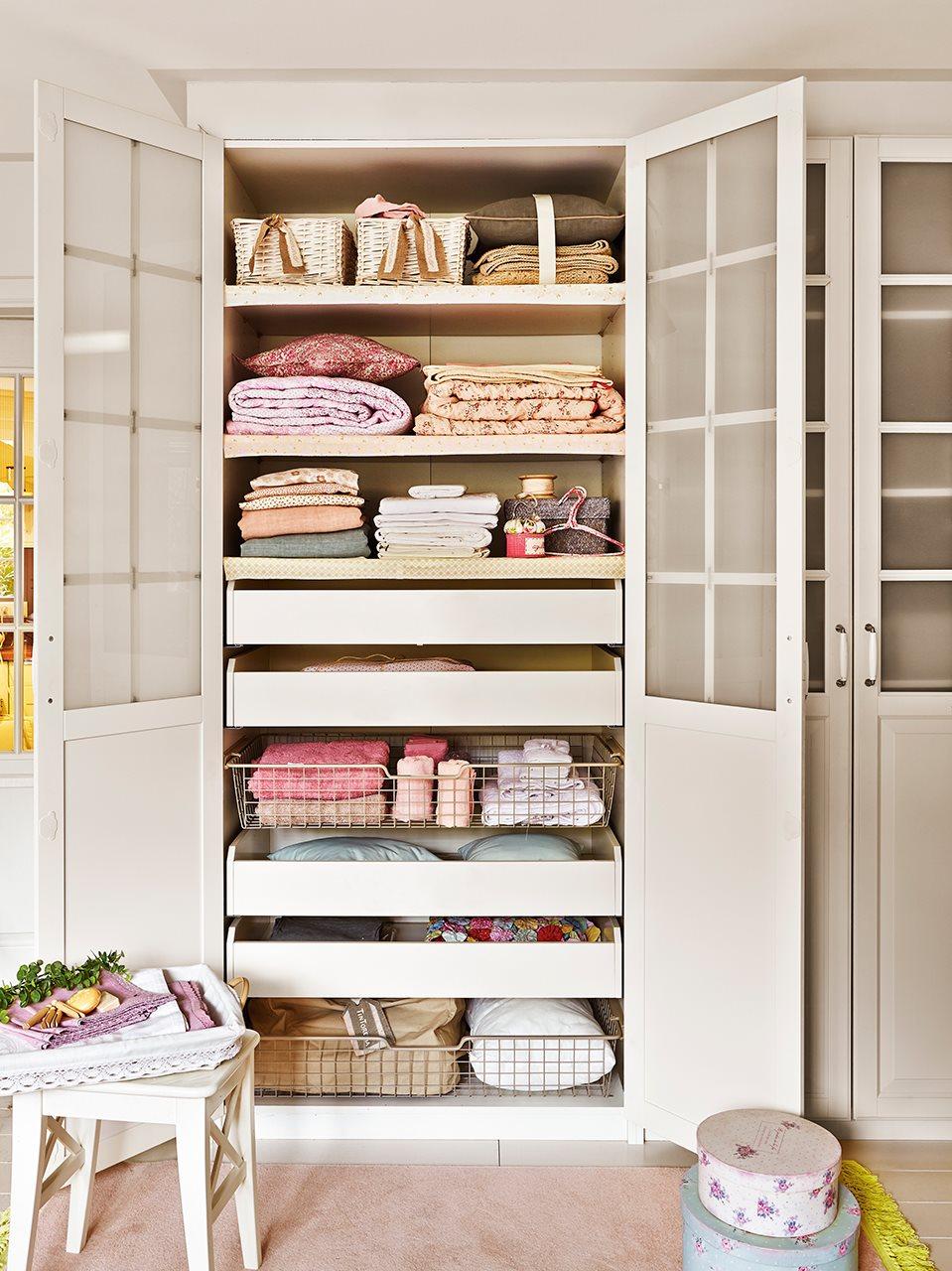 armarios para guardar la ropa sucia