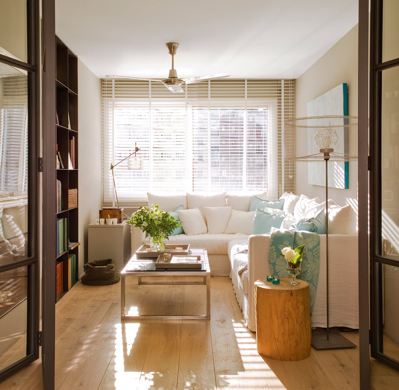 Una reforma para ganar luz y calidez - Cristal puerta salon ...