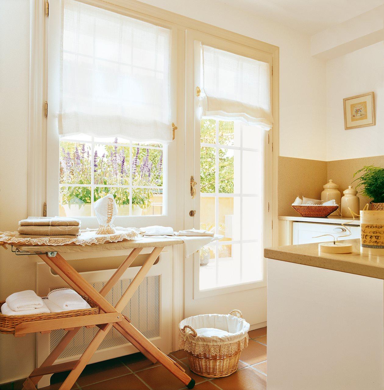 Un lavadero en l bien aprovechado for Mobiliario lavadero