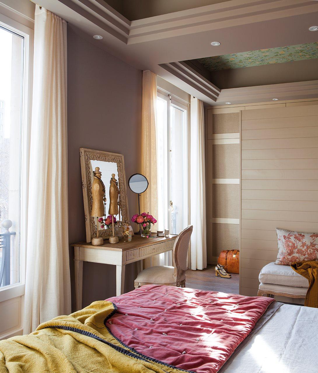 Ideas Para Ganar Espacio En El Dormitorio ~ Vestidores En Habitaciones Pequeñas
