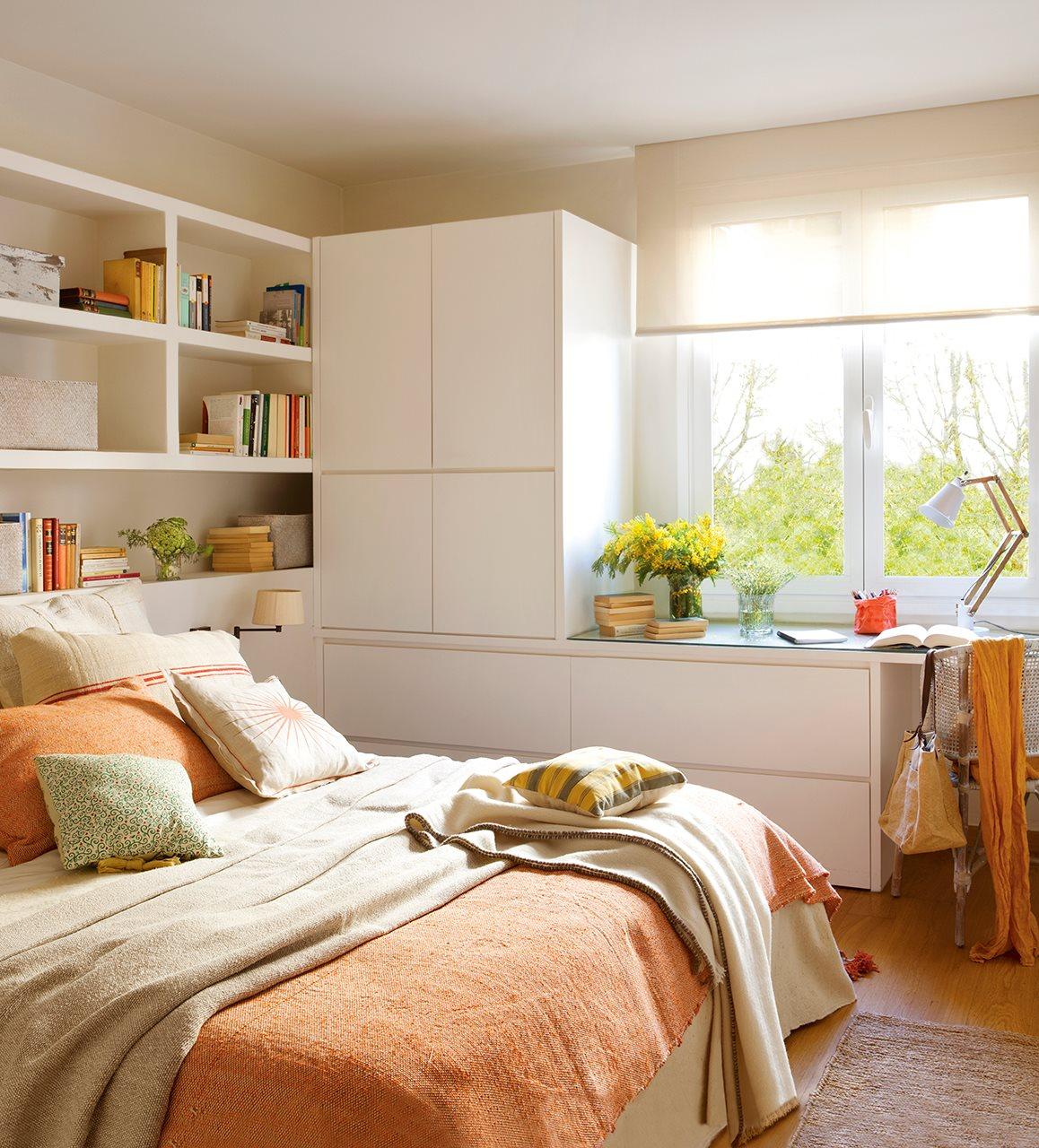 Un piso familiar reformado para ganar luz y comodidad - Cabecero con almacenaje ...