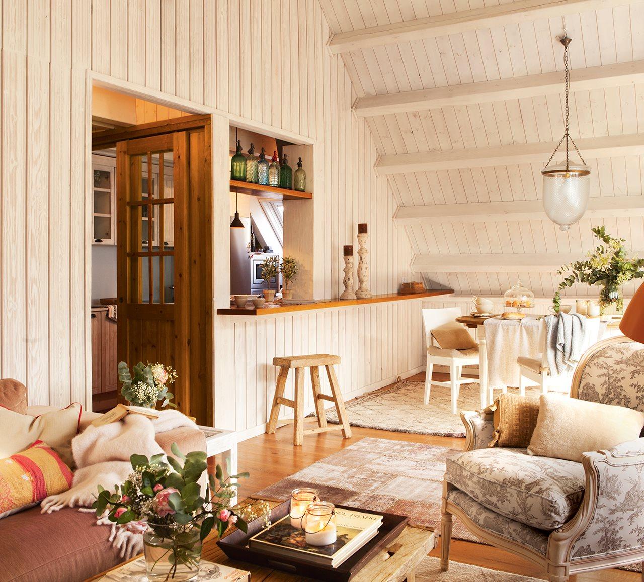 Convertir tu desv n en un espacio r stico c lido y luminoso - Butacas pequenas para salon ...