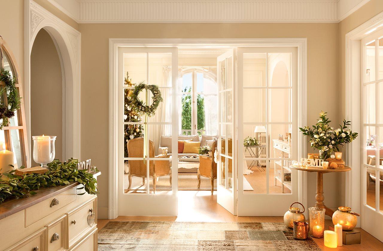 Decoraci n navide a de una casa con estilo n rdico - Decoracion puertas blancas ...