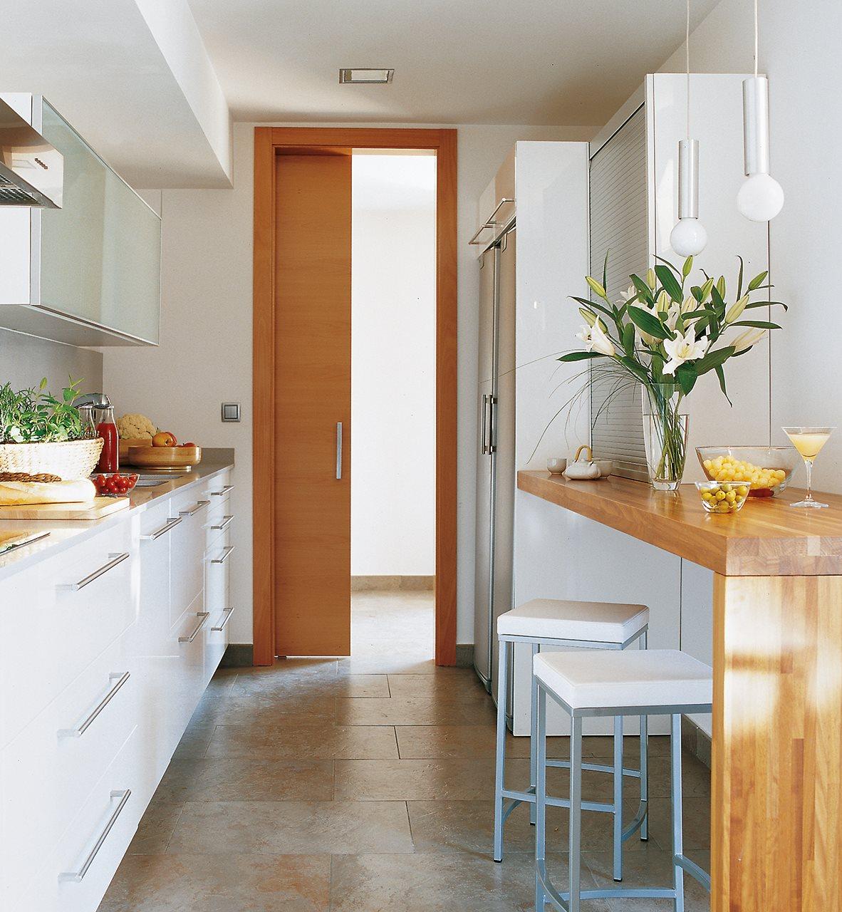Los 9 mejores dise os de cocinas office - Aprovechar cocinas pequenas ...
